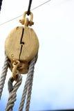 帆船帆柱和绳索。 免版税库存照片
