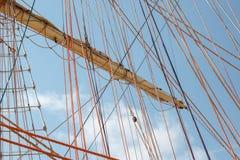 帆船的连续索具 免版税图库摄影