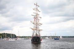 帆船默西迪丝在公开事件hanse风帆 免版税图库摄影