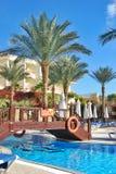 希尔顿鲨鱼海湾旅馆游泳池  免版税图库摄影