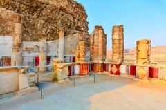 希律王国王的马萨达宫殿的废墟  免版税图库摄影
