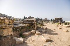 希拉波利斯,土耳其 古老大墓地的挖掘 库存图片