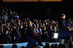 希拉里・克林顿和蒂姆・凯恩竞选 库存照片