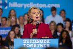 希拉里・克林顿秘书讲话在2016政治运动拉尔 免版税库存图片