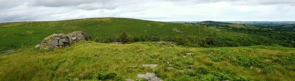 希普利突岩从黑突岩的Dartmoor视图 Dartmoor国家公园 德文郡 英国 免版税图库摄影