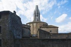 希罗纳加州的老镇和钟楼古老建筑学  免版税图库摄影