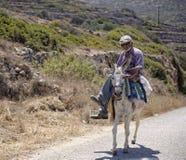 希腊人骑马驴 免版税库存照片
