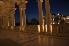 希腊大厦nightscene 图库摄影
