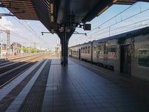 希腊字母的第17字Fiera火车站 免版税库存照片