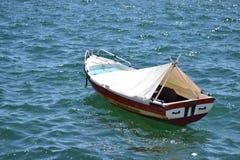 希腊小船 库存照片