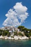 希腊村庄在夏天 免版税库存图片