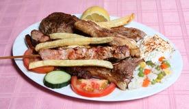 希腊格栅混杂的taverna 图库摄影
