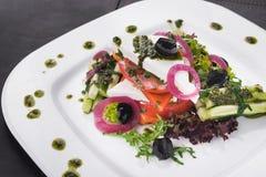 希腊沙拉用蕃茄和黄瓜 免版税图库摄影