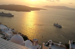 希腊海岛santorini日落 免版税库存照片