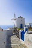希腊海岛santorini风车 免版税库存图片