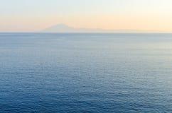 希腊海岛Thassos的海岸 爱琴海蓝色海运 免版税库存照片