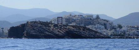 希腊海岸线的村庄 免版税库存图片