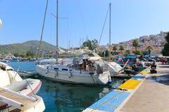 希腊游艇 库存图片