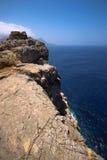 希腊的岩石海岸 图库摄影