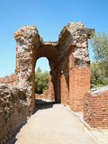 希腊罗马剧院, Taormina,西西里岛,意大利的废墟 免版税库存照片