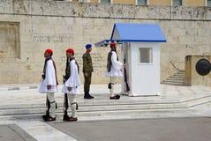 希腊议会的希腊士兵在雅典,希腊 库存图片