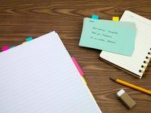 希腊语;学会在笔记本的新的语言文字词 免版税库存照片