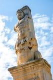 希腊雕象在集市 免版税库存图片