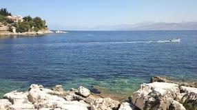 希腊,科孚岛海岛, Kassiopi村庄 库存照片