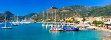 希腊-美丽的莱夫卡斯州,口岸看法的爱奥尼亚人海岛  库存图片