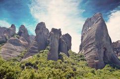 希腊meteora 岩石的风景照片 库存照片