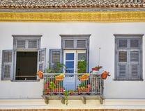 希腊Nafplion,葡萄酒房子的阳台 库存照片