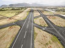 希洛国际机场跑道 免版税库存图片