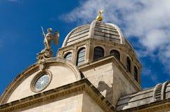 希贝尼克。大教堂的圆顶 免版税图库摄影