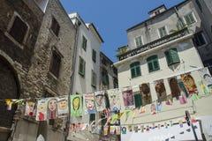 希贝尼克,克罗地亚的历史的中心街道  免版税库存图片