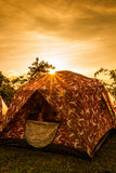 帐篷在阳光下 免版税库存图片