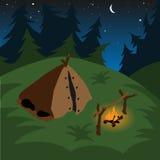 帐篷营火在晚上 库存图片