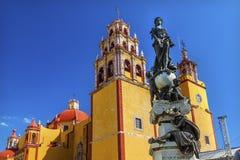 帕兹和平雕象我们的夫人Basilica瓜纳华托州墨西哥 免版税库存照片