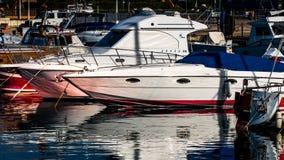 帕劳, SARDINIA/ITALY - 5月17日:帕劳的小游艇船坞在撒丁岛 图库摄影