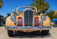 1941年帕卡德一二十辆敞篷车轿车 免版税图库摄影