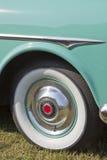 1951年帕卡德敞篷车Whitewall轮胎 库存图片