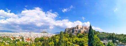帕台农神庙建筑全景上城小山的,雅典, 免版税库存照片