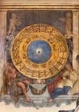 帕多瓦-时钟的壁画和在教会圣玛丽亚dei塞尔维的黄道带 库存图片