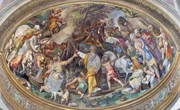 帕尔马,意大利, 2018年:fhe场面壁画作为摩西的从在中央寺院旁边近星点的岩石得到水由Oracio Samacchini 库存图片