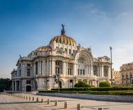帕拉西奥de贝拉斯阿特斯艺术宫殿-墨西哥城,墨西哥 免版税库存图片