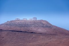 帕瑞纳山,阿塔卡马沙漠,智利- 1月 15日2010年:VLT,非常在南部的欧洲人的大望远镜复合体 免版税库存图片