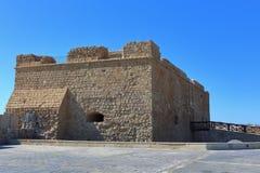 帕福斯,塞浦路斯- 2016年10月, 17 :中世纪城堡在帕福斯 免版税库存照片