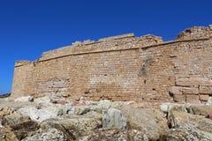 帕福斯,塞浦路斯- 2016年10月, 17 :中世纪城堡在帕福斯 免版税库存图片