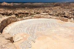 帕福斯, CYPRUS/GREECE - 7月22日:在议院附近的古老马赛克 免版税库存图片