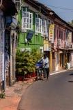 帕纳吉,果阿,印度晴朗的街道  免版税库存照片