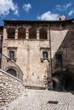 帕琴特罗老镇在阿布鲁佐山区域 免版税库存图片